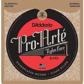 D'Addario Pro Arte string set classic, clear nylon trebles and silverplated basses, normal tension