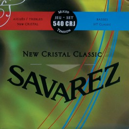 Savarez New Cristal Classic snarenset klassiek, New Cristal trebles, silverwound HT classic basses, hybrid tension
