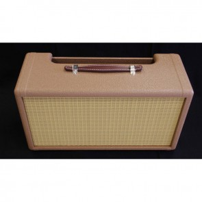 Chassis voor Fender Stand Alone Reverb Unit 6G15 BROWN and Leather handle, flat w/loops, brown (FGLFL)